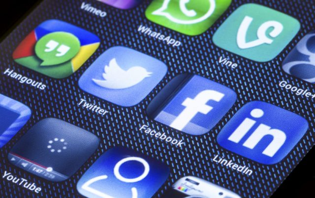 Mobile Social Icons
